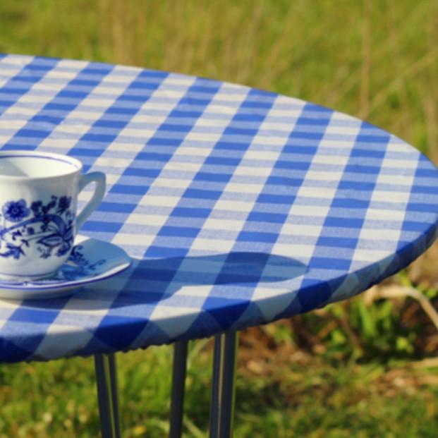 Blå/Hvid Ternet rund voksdug med elastik - Til bord Ø 60  - Ø 130 cm